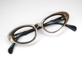 Vintage 1950s Pink Cats Eye Eyeglasses Sunglasses Frame