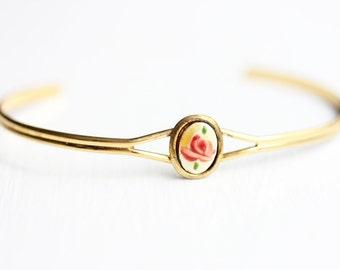 Oval Pink Flower Bracelet