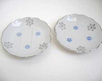 Vintage Porcelain Ashtray, Tea Bag  or Jewelry Holder Catch-all Dish, Set of Two, Blue Starlike Flowers, Gray Snowflakes, Blue Crystalline