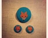 Fox brooch. Reserved for Yvet.