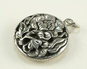 CLEARANCE - REDUCED - Heavy Pewter Floral Flower Pendant - Antiqued - Lead Free - Round - Carved Look - et0713017