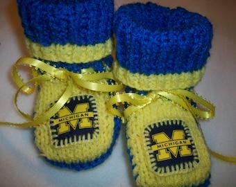 CUSTOM Handmade, Knit   UNIVERSITY of  MICHIGAN  Baby Booties in School colors