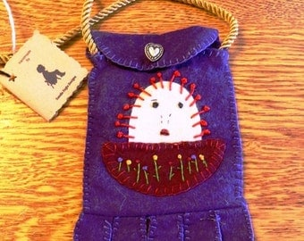 Purse, Wool Purse, Cell Phone Holder,Raggedy Ann, Purple, Change Purse, Cell Phone, Purple Wool Purse,  Wool Bag, Felt Bag, Cell Bag, HAFAIR