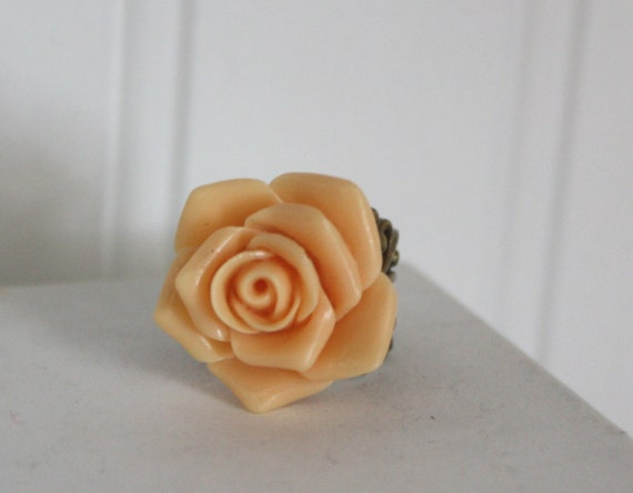 Pale Peach Creamsicle Rose Antique Brass Filigree Adjustable Ring