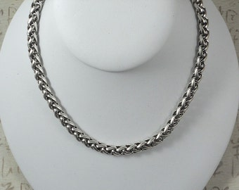 "20"" Silver Thick Rope Neck Chain with Celtic Heart Clasp (P1467)"