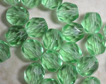 Peridot green faceted Czech glass round beads 6mm (25)  Item 1274