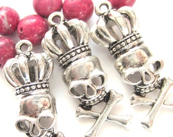 4 Crowned skull charms antique silver craft jewelry supplies metal pendants 34mm x 13mm  13878