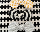 Busy Bee Set of 3 knot bows fabric Yellow dot, black stripes, Gray scallops spring set of bow baby girl mod