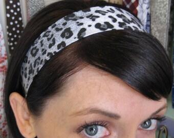 Leopard Animal Print - Black, White, and Grey Stay Put Headband
