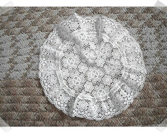 White Lacy Doily/Round Shape/Home Decor*
