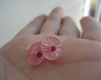 Vintage Art Deco Vintage Pink Frosted Lalique Inspired Camphor Glass Deep Fuchsia Gold Earrings