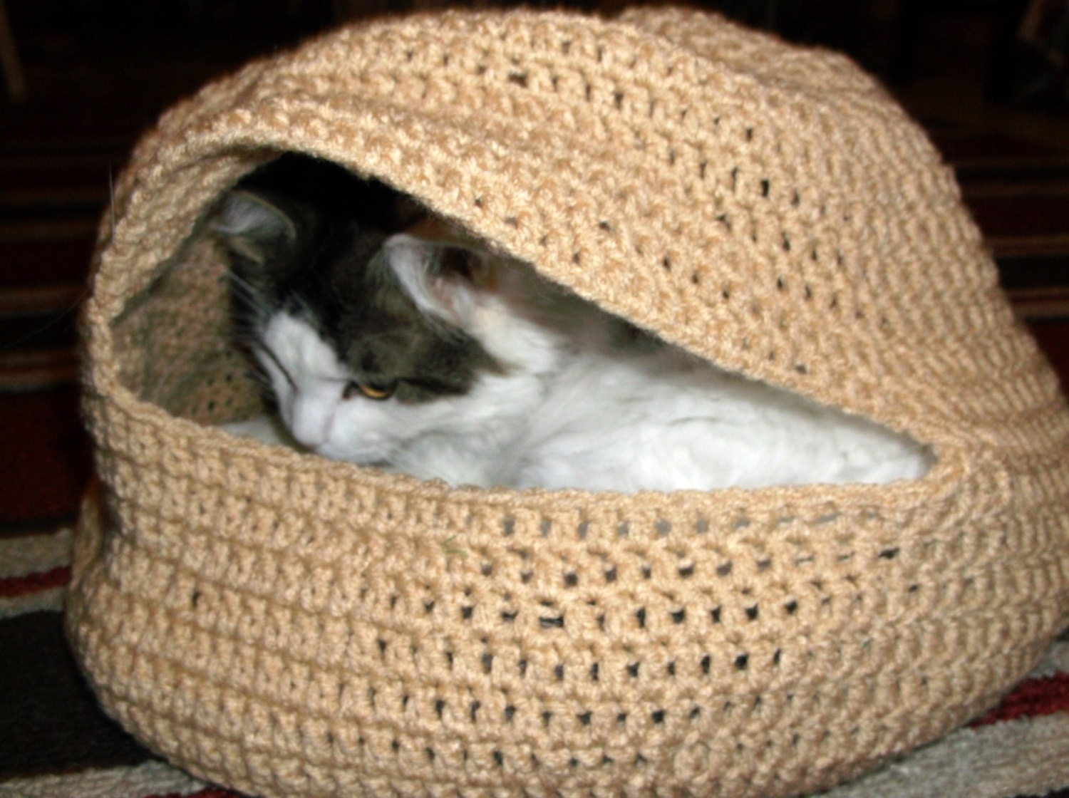 Free Crochet Pattern For A Cat Bed : Lighting