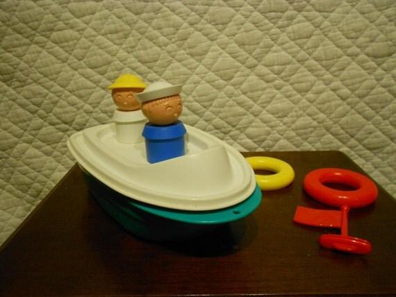 Tupperware Toy Tupper Canoe Boat Tub Toy