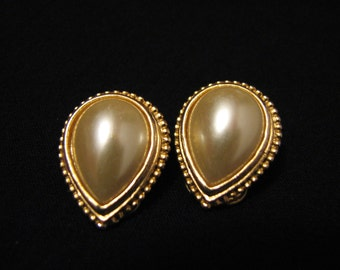 Vintage Gold Tone and White Faux Pearl Teardrop Textured Clip Earrings