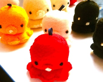 Color tiny Octopus Plush Charms