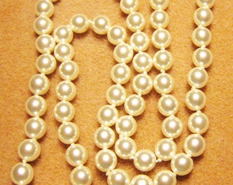 Hand Knotted Glass White Pearl 23 inch Necklace - Gold Clasp - 8mm Pearls - Antique Style Necklace