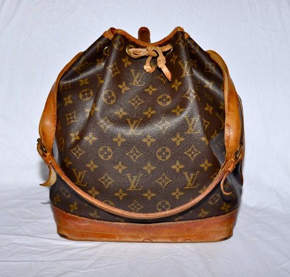 Louis Vuitton Made In France >> LOUIS VUITTON Large Size Noe Drawstring Bucket Bag Monogram