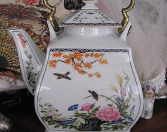 VINTAGE Japanese Teapot FP JAPAN 1986 Era Porcelain Bird and Floral  Excellent Condition Signed