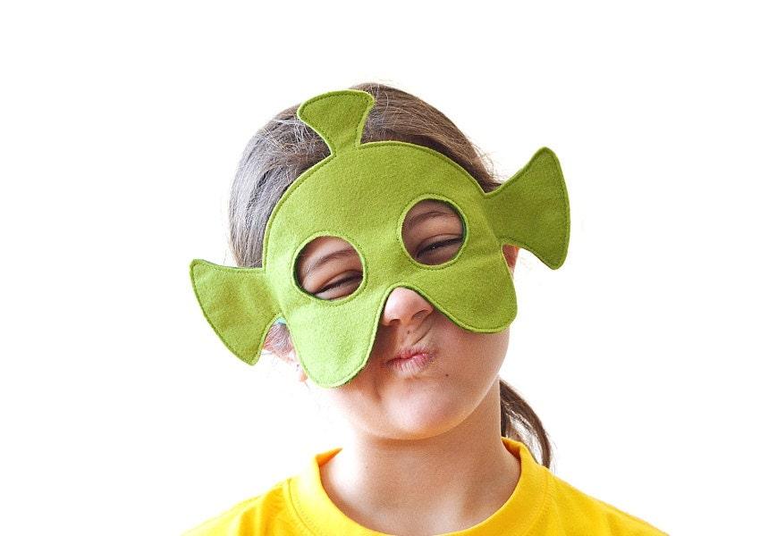 Как сделать маску для костюма 151