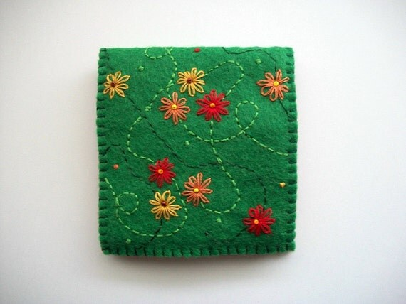 Green needle book felt sewing notion with hand embroidered