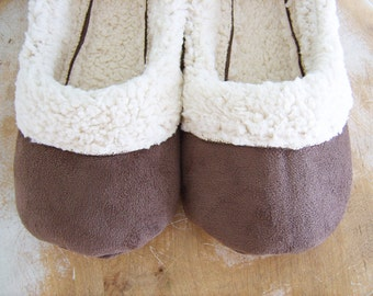 Shoe Sewing Pattern. Lambs Wool Loafers Women's size 5 to 11.  PDF Sewing Pattern.  Best Slippers Ever Pattern.  This is my favorite!