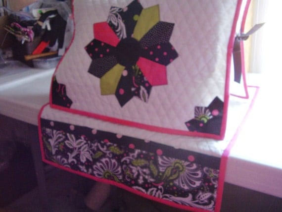 Black and Hot Pink Sewing Machine Cover and Mat Dresden