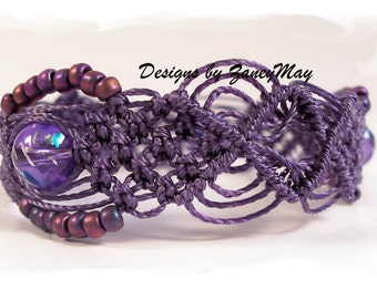 Simplistic Beauty Macrame Bracelet Tutorial in PDF