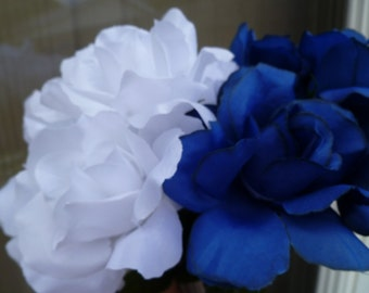 SALE Flower Pens Roses Blue White Set of 30 Bridal Shower Wedding Party Favors Small Gifts Souvenir