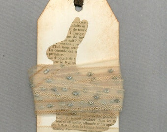 vintage lace trim glitter tea dyed shabby on  french vintage paper chic Rabbit gift tag r798 . ....oohlala