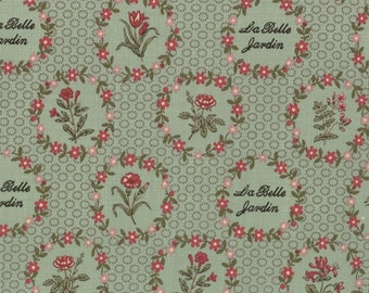 La BELLE FLEUR French General Moda shabby quilt fabric green red roses jardin Kaari Meng cottagestyle sewing 1 yard 13631-13