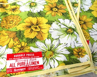 Three NOS linen storage bags or toaster cozies. Flower power, retro, daisies, yellow, chartreuse, white, green, funky.