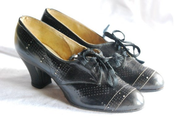Ladies Black Vintage Shoes