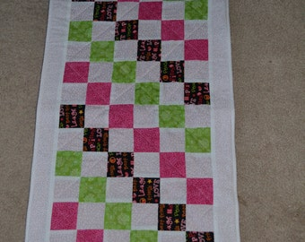 Changing Pad/Doll Quilt (102)