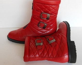 Vintage Red Leather Boots Women 7M Size Ankle Boots                 SALE. Chic, Made in Italy Designer Bally