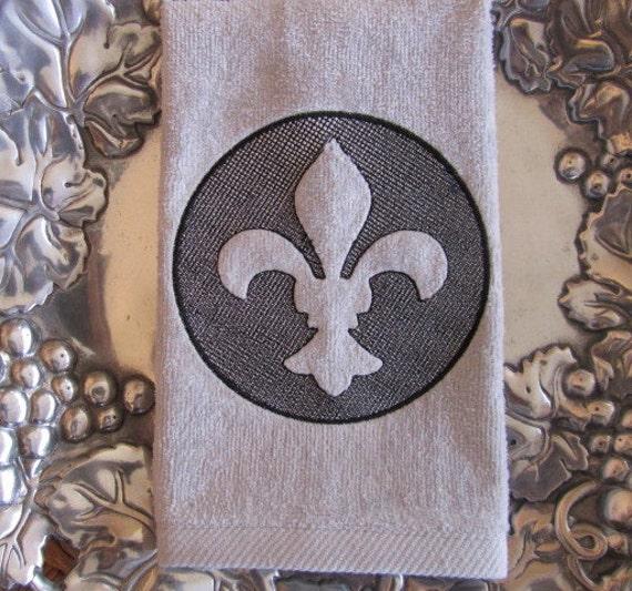 Fleur de lis embossed fingertip velour bathroom towel - Fleur de lis bath towels ...