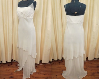 Vintage Sexy Made in Australia  Off White Simple Full Length Beach Wedding Dress with Tiered Layered Skirt Large Size