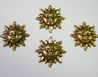 Antiqued Brass Sun Charms Drops Earring Findings - 4