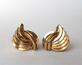 Gold Wings - Vintage, Clip-on Earrings - High Shine Gold Lines