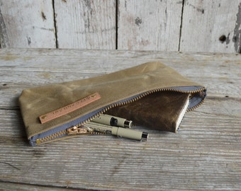 Medium Waxed Canvas Pouch in Tumbleweed, Pencil Case, Cosmetic Case, Makeup Bag, Zipper Pouch, Canvas Pouch, Bags and Purses