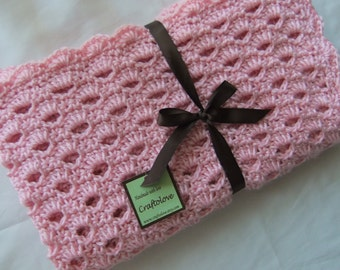 Crochet baby blanket - Baby Girl shower gift - Crochet blanket - Crochet baby blanket Crib size Sweet Pink Arch Shell baby girl blanket
