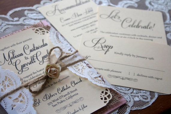 Wedding Invitations With Burlap: Rustic // Burlap Wedding Invitation Suite