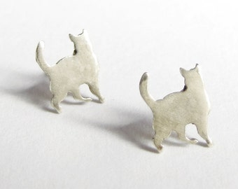 small silver cat studs