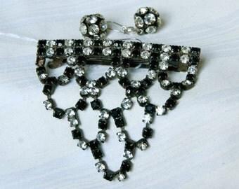 Vintage Set of black and clear rhinestones Barrett and Earrings