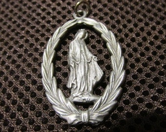 SALE Silver Rare Hard to find Medal WREATH of Our Lady MARY  Religious pendant