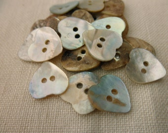 bag of 24 shell buttons -11mm - heart, mother of pearl