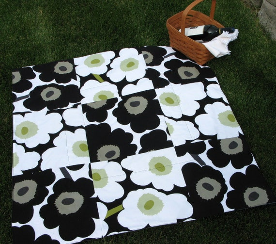 MARIMEKKO PICNIC Blanket, Baby Quilt, Lap Quilt, Camp Quilt, Throw, Men's Gift