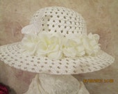 Girl's white hat - Easter hat - First Communion Hat - Flower Girl Hat - Church Hat - Butterfly Hat