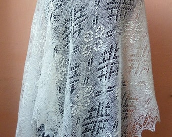 Hand knitted natural white Haapsalu shawl, traditional Estonian lace shawl- CUSTOM ORDER