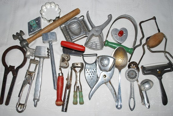 Antique 1920 S 1940 S Lot Of 24 Kitchen Utensils