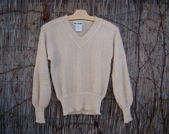 Vintage 70s / Gold and Cream  / Disco / V Neck / Sweater / SMALL